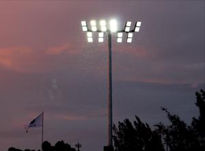 projecteur-Ssufa-x-eclairage-sportif-et-grands-espace