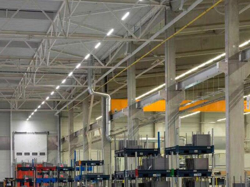 projecteur-rack-eclairage-industriel