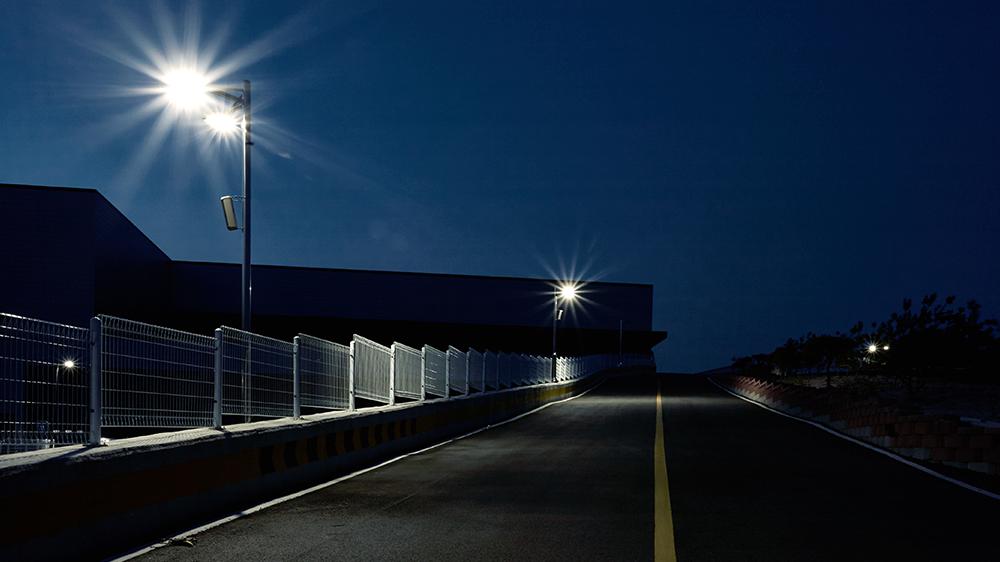projecteur-SCILA-eclairage-routiers-autoroutiers