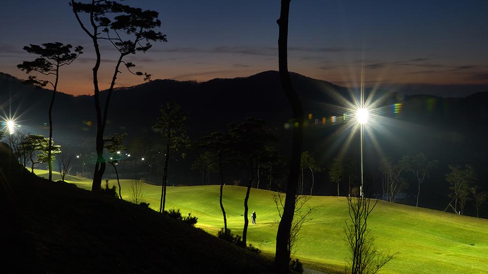 projecteur-sufa-m-eclairage-sportif-et-grands-espace